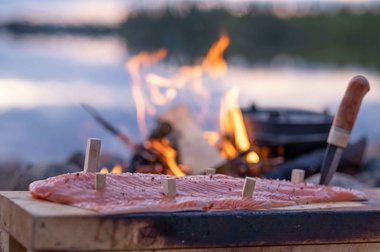 Flammlachs in Lappland